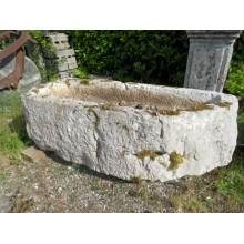 Bassin en pierre rustique